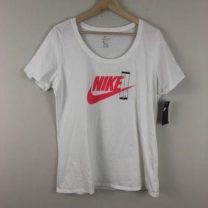 Nike Swoosh Logo Cotton T-shirt